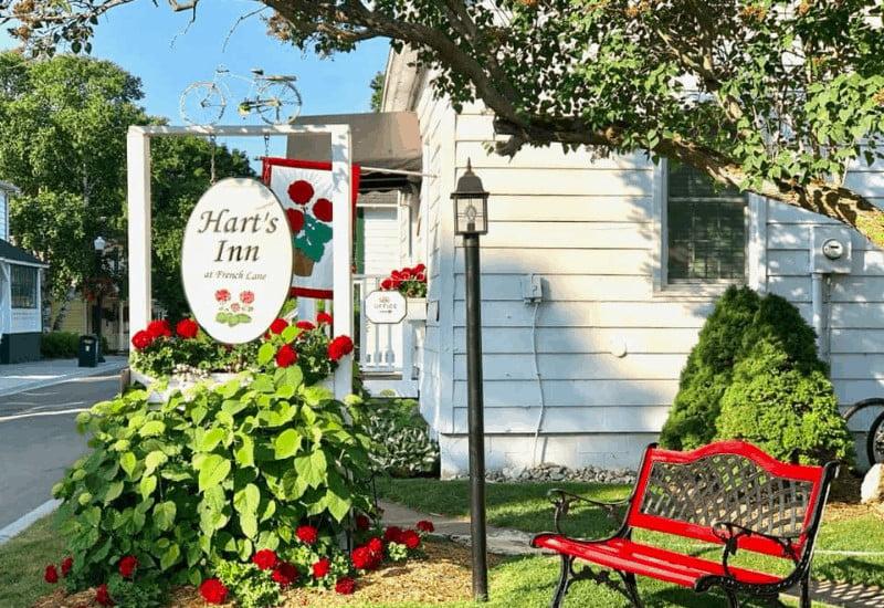 Hart's Inn - Mackinac Island B & B