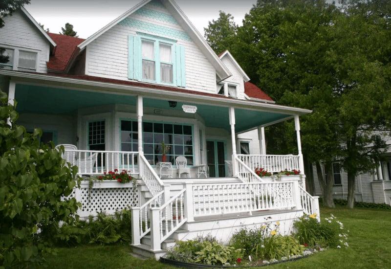 Mackinac Island Historic Cottage on East Bluff Vacation Rental
