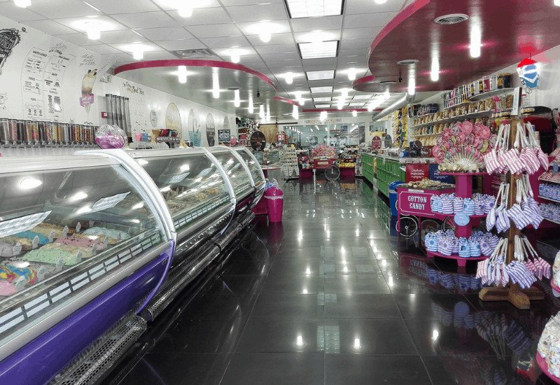 Sweet Spot candy store in Mackinaw City