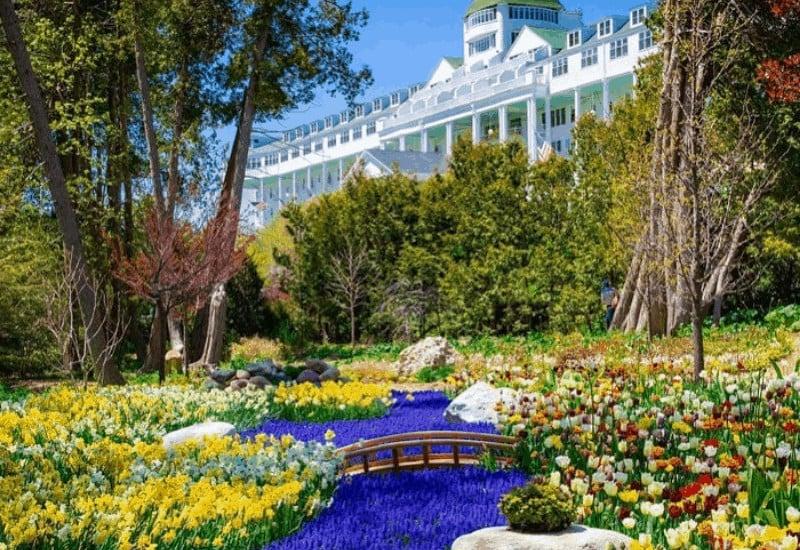 Visit Mackinac in the Spring