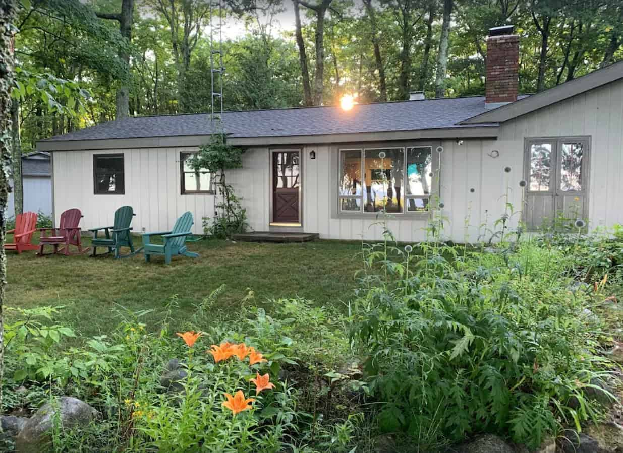 Sunset View Cottage on Lake Michigan