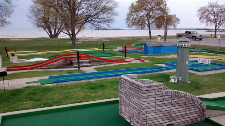 Lee's Mini-Golf - Alpena Things to Do