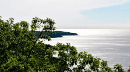 Everything You Need to Know to Hike Bare Bluff in the Keweenaw Peninsula