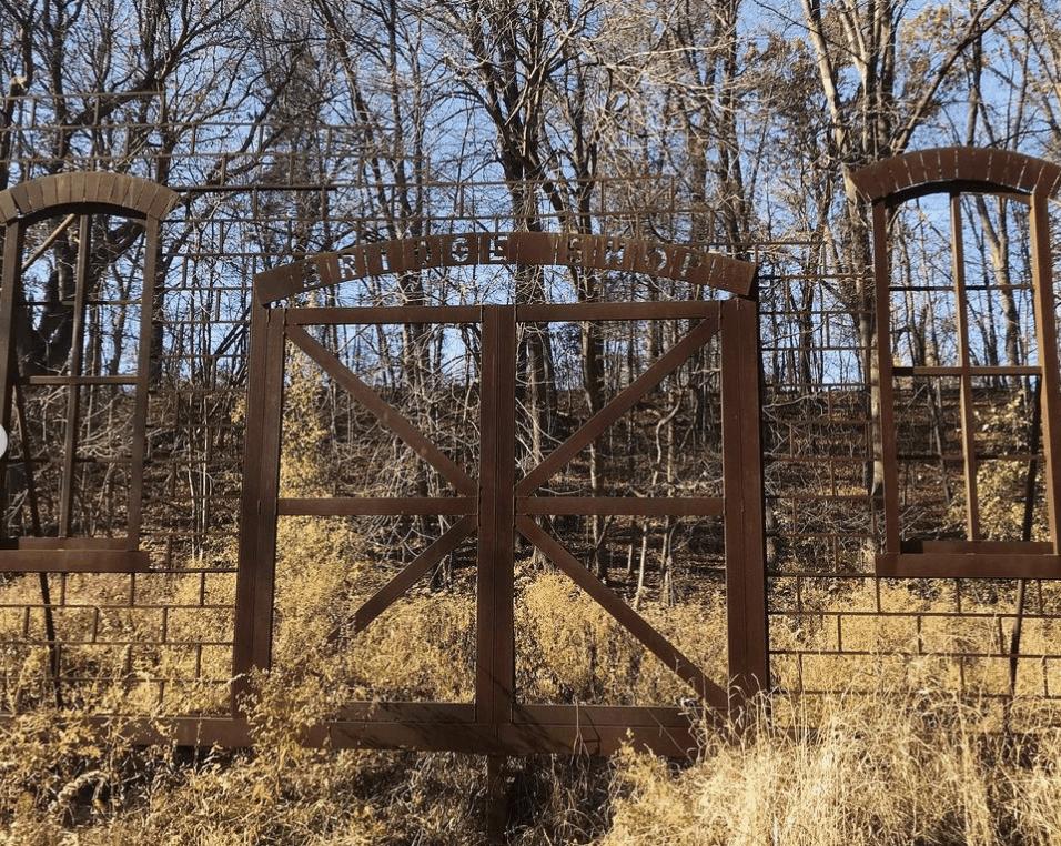 HistoricBridgePark illswallowyoursoul2 Explore Historic Bridge Park in Battle Creek