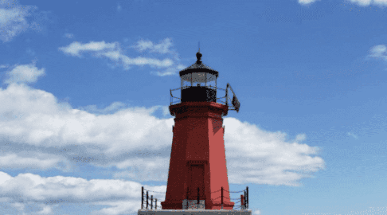 """Menominee North Pier Lighthouse Explore """"Where the Best of Michigan Begins"""""""