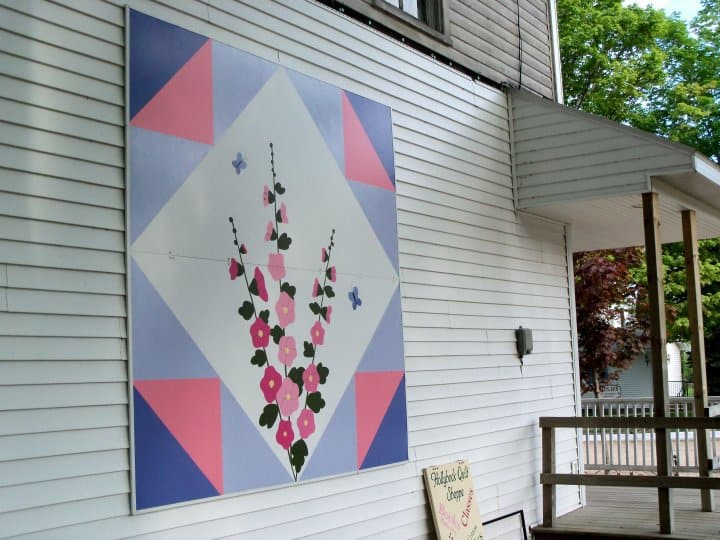 image of quilt on side of building in Alcona County