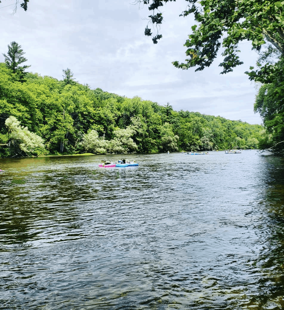 PinkysTubes afternoons and coffeespoons Spend a Day Rafting the Muskegon River