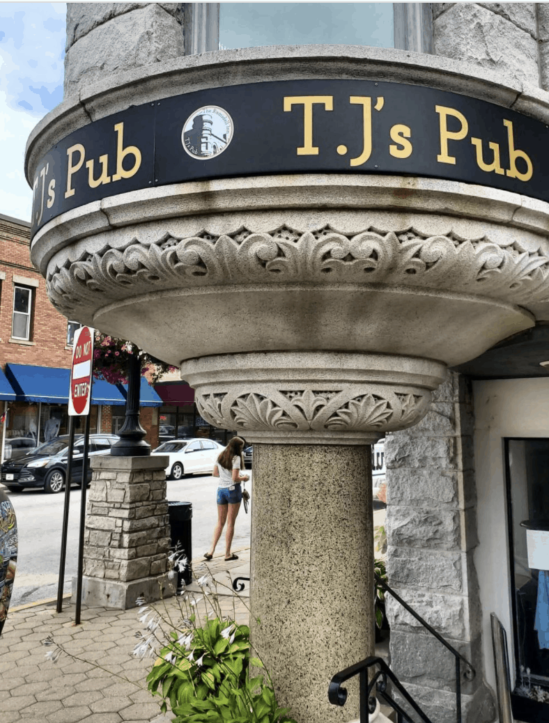 TheRamsdellInnandTJsPub mascufelinine Discover Unique Experiences in Downtown Manistee
