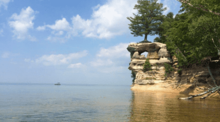 15 Best Places to Visit in Michigan in Summer