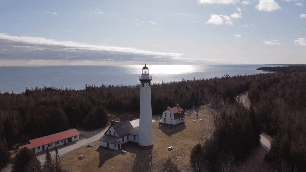 NewPrequeIsleLight maiden.mich Plan a Lake Huron Lighthouse Tour in Presque Isle County