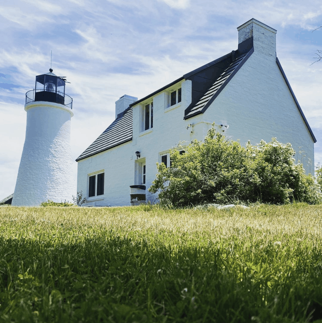 OldPresqueIsleLight Plan a Lake Huron Lighthouse Tour in Presque Isle County