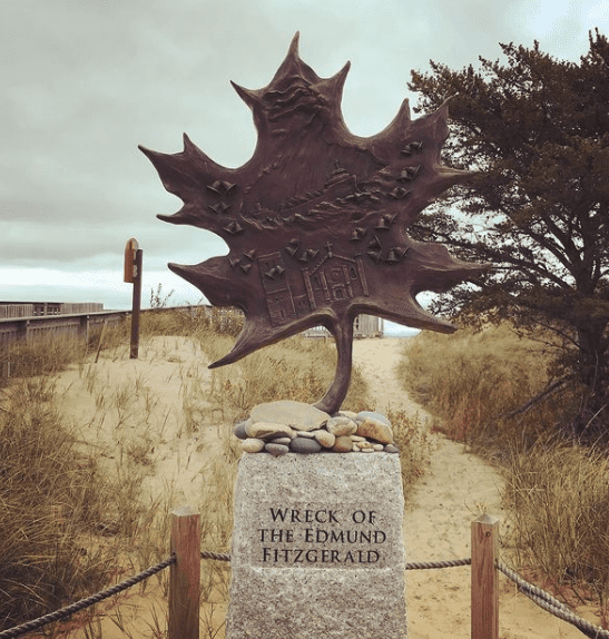 S.S. Edmund Fitzgerald Memorial The Complete Guide to the Wreck Of The Edmund Fitzgerald