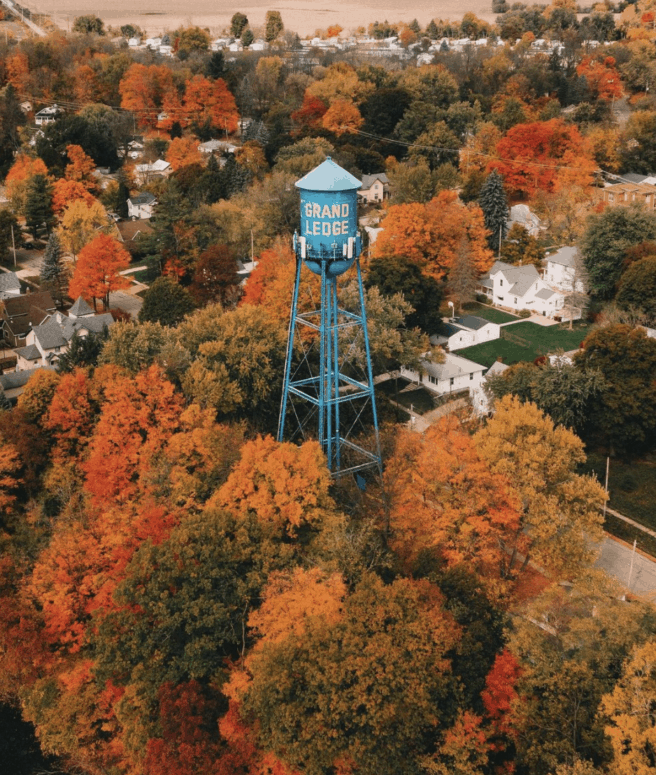 M 43 2 7 Can't-Miss Colorful Scenic Drives in West Michigan This Fall