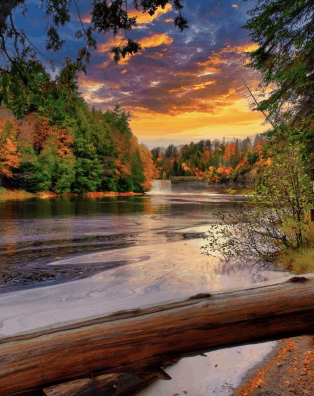 Tahquamenon Falls 25+ Michigan Hiking Trails for Fall Colors | Best Fall Hiking Trails in Michigan