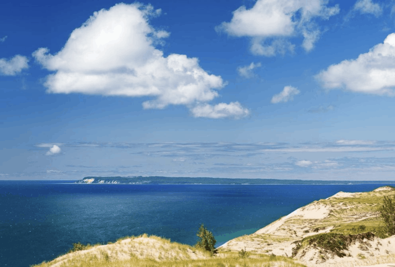 Dune Overlook 12 Can't-Miss Stops Along the Famous Pierce Stocking Scenic Drive in Sleeping Bear Dunes Michigan [with Map]