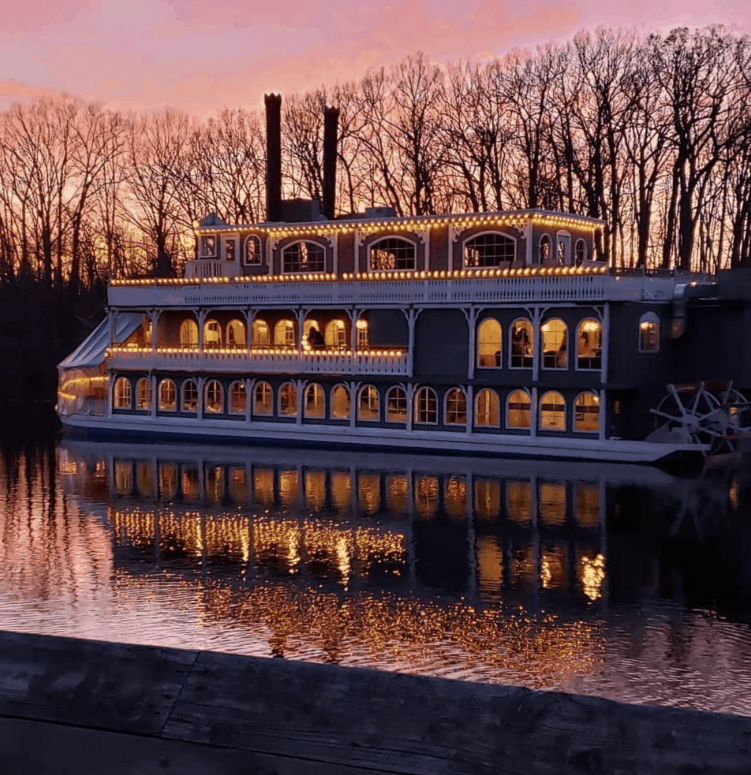 Michigan Princess 14 Best Fall Things to Do in Mid-Michigan | Lansing, Frankenmuth, Flint, Midland, and More