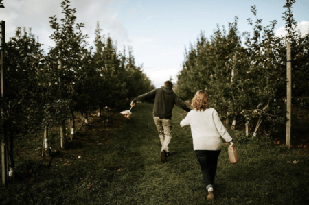 Plan a West Michigan Apple Orchard Tour this Fall | 10 Can't-Miss Apple Orchards in West Michigan