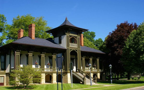 Marshall: An Explanation on the Appeal of Michigan's Small Towns - The Awesome Mitten